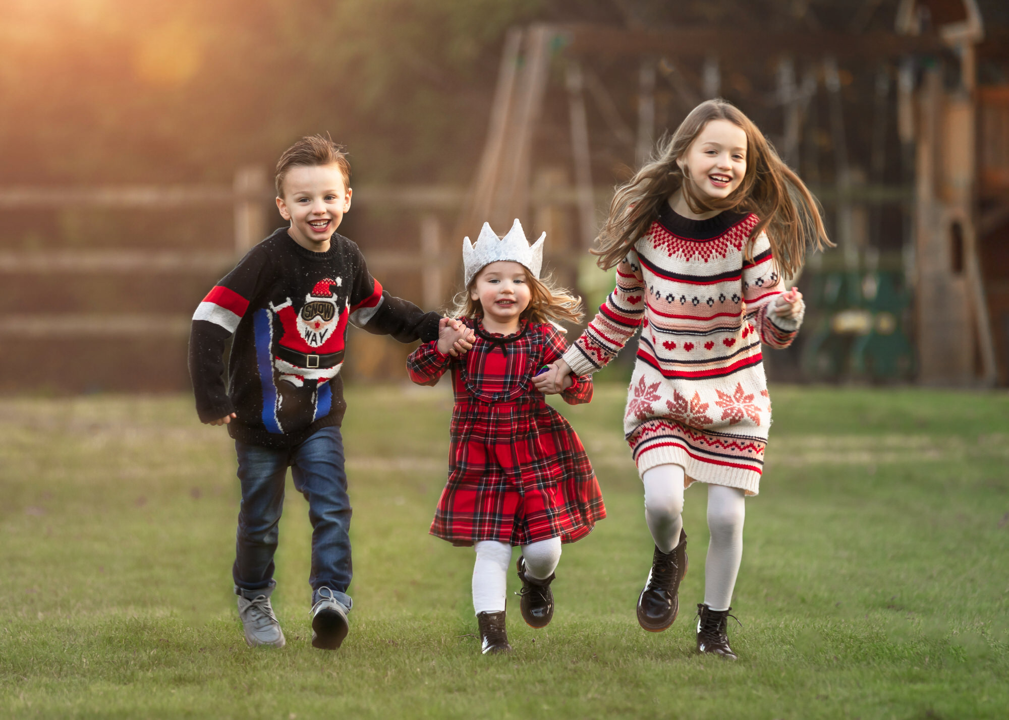 children running, photographed by a Welwyn family photographer